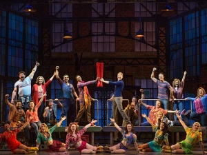 The touring cast of Kinky Boots, presented by Broadway in Columbus and CAPA (photo by Matthew Murphy)