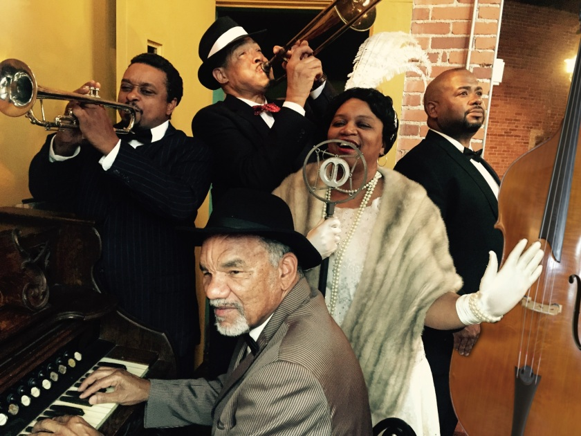 Ma Rainey (Wilma Hatton) sings the blues with Toledo (Will Williams, in front) and the rest of her band (from left): Levee (Bryant Bentley), Cutler (Chuck Timbers) and Slow Drag (Ron Jenkins) (photo by Mark Clayton Southers)