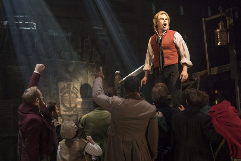 10_LM_TOUR_1004_ABC-Cafe-and-Matt-Shingledecker-as-Enjolras-800x533